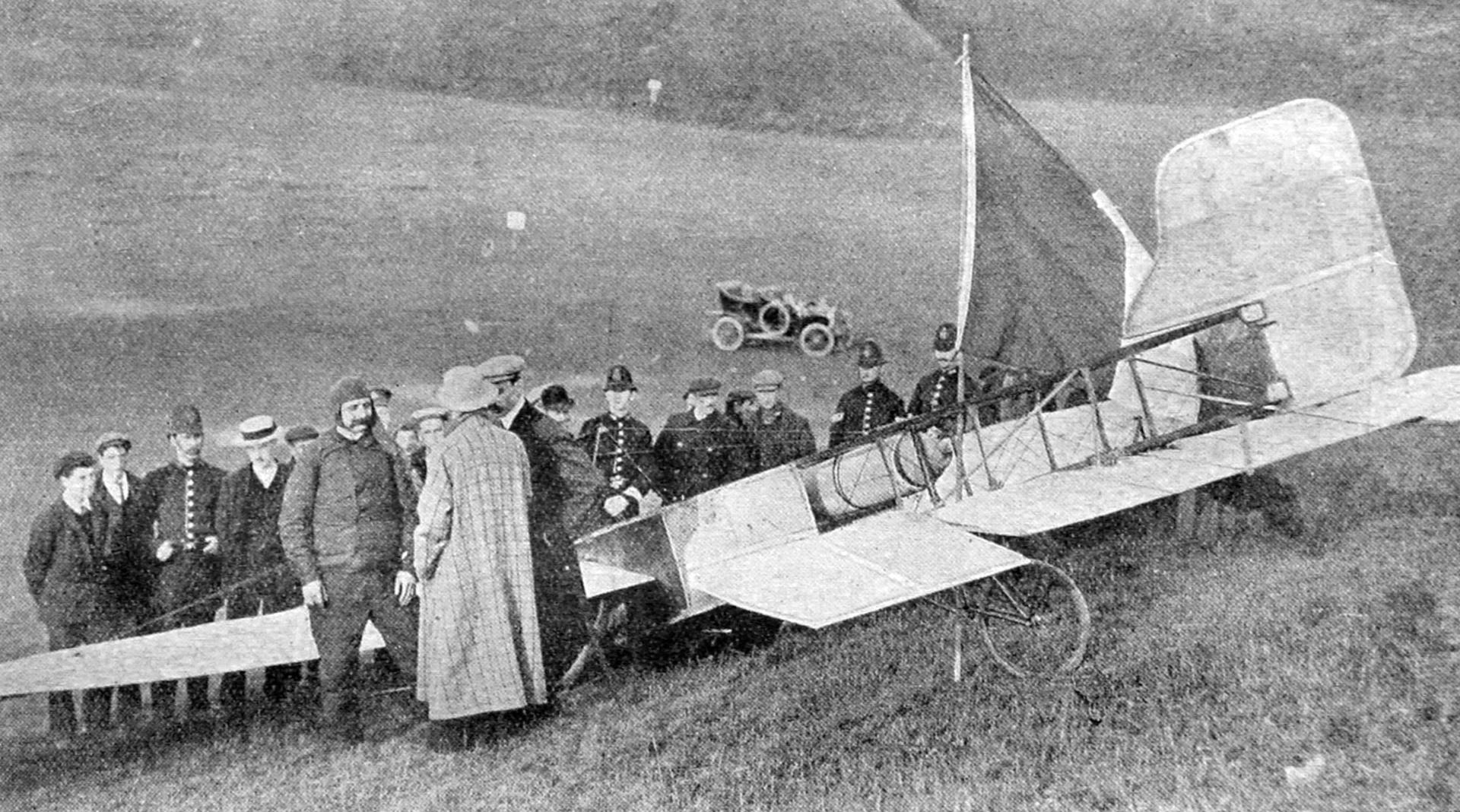 Zenith Pilot Louis Bleriot XI plane